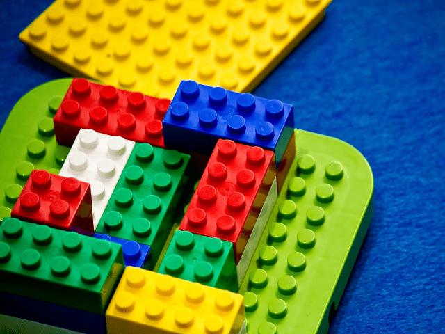 あそびの中で「作る」「造る」「創る」おもちゃ